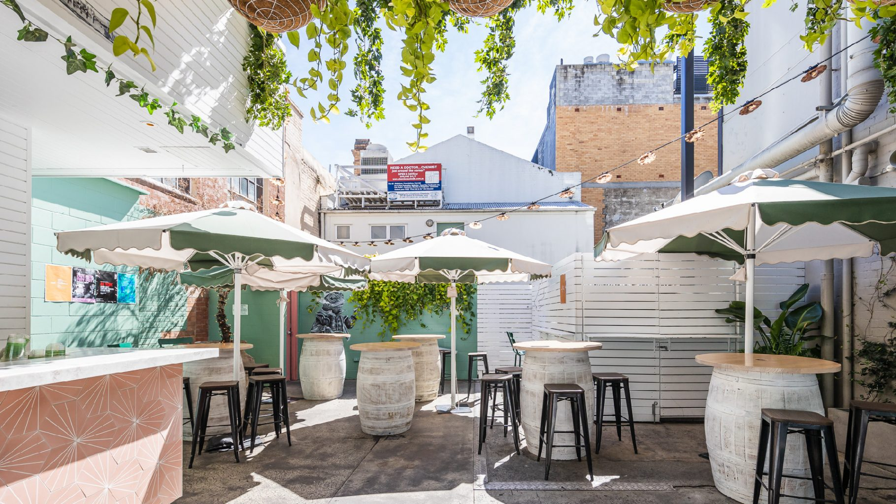 Garden Bar   The Prince Consort