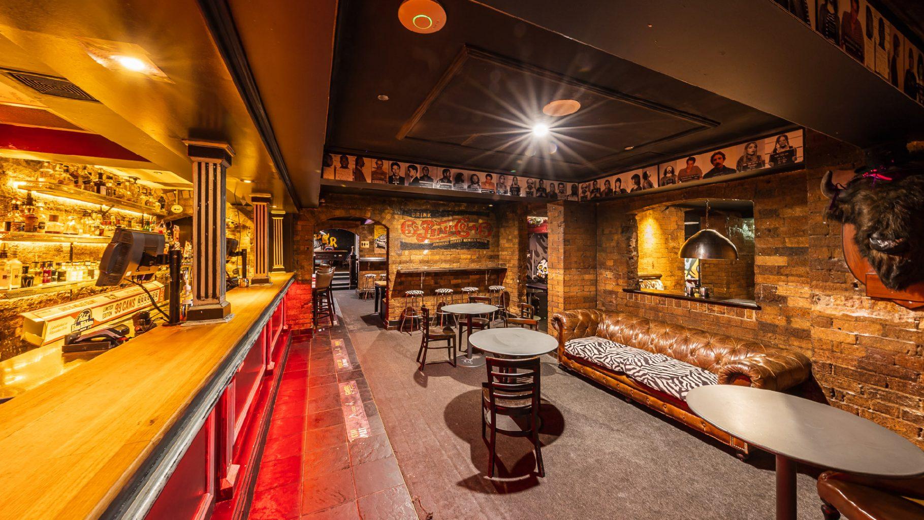 Greaser Bar